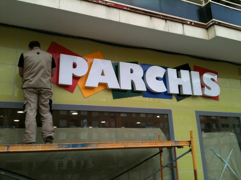 luminoso_parchis